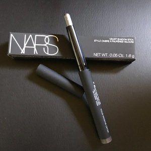 NARS Velvet Shadow Stick in Frioul *NIB*